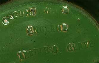 Edwardian pot (mark)