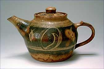 Michael Cardew teapot