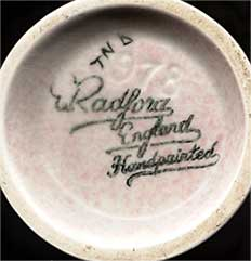 Radford vase (mark)