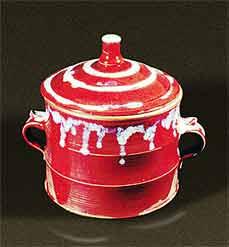 Handled lidded Saxby pot