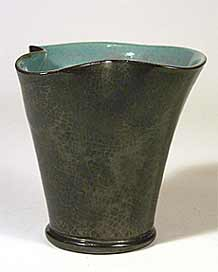 Lake's jug/vase