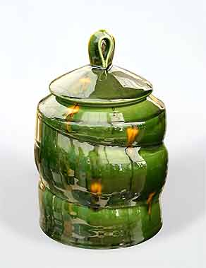 Kevin de Choisy jar with lid