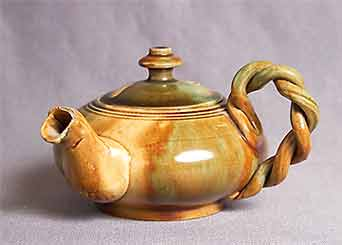 Dunmore side-handled teapot