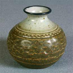 Small Purbeck vase - 2