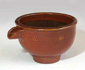 Small turned pouring bowl