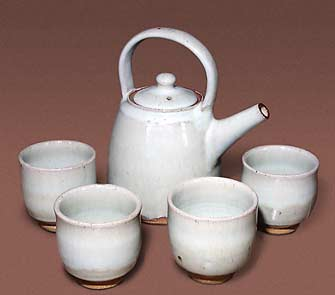 Swanson teapot and cups