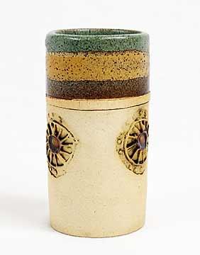 Green-topped Bob Dawe pot