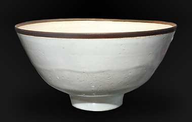 White Lucie Rie bowl