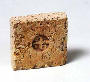 Leach Pottery tile (mark)