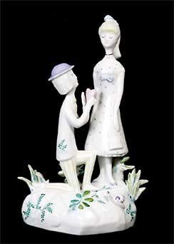 Peynet 'Courtship' figures