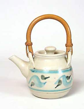Brushed teapot