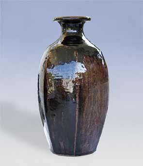 Cut-sided tenmoku Brier vase