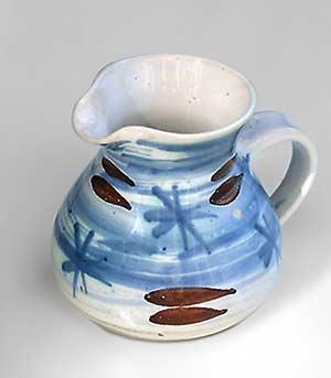 Brush decorated Briglin jug