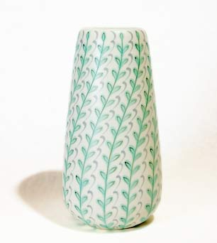 Poole 'YFT' vase