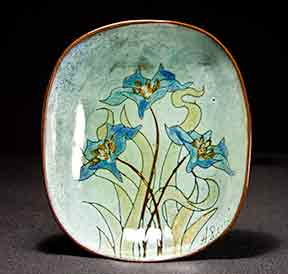 Chelsea blue flower dish