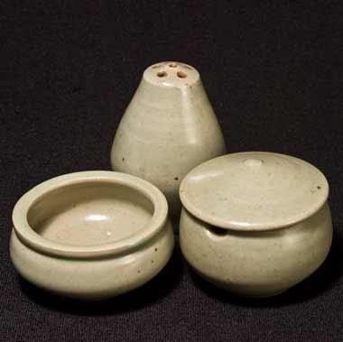 Leach celadon condiment set