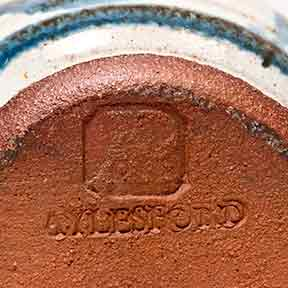 Blue Aylesford pot (marks)