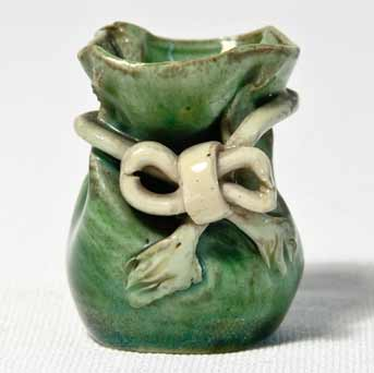 Rye miniature purse vase