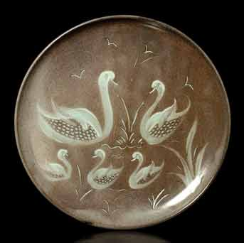 Fishley Holland swan plate