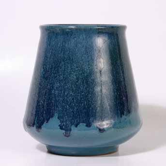 Blue Saunders IOW pot