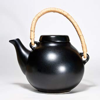 Arabia Ulla Procope black teapot