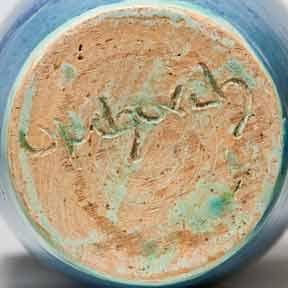 Blue Upchurch vase (base)