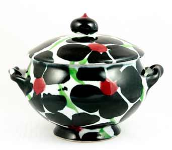 Dartington Black Rose casserole